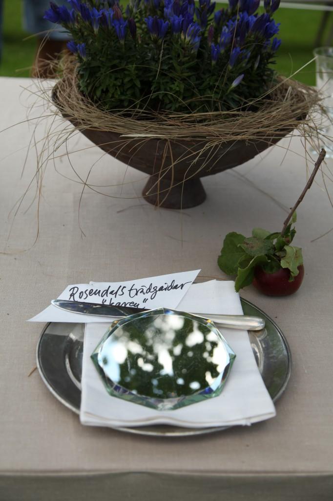 Rosendals trädgård är medlem i Sverigens trädgårdar och parker. På det dukade bordet pryddes deras plats med det som är viktigast för dem - äpplet och besökarna :) Sofiero ©Ulrika Flodin Furås