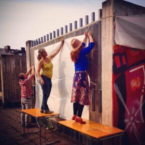 Vanadislunden, Fortums tak  Malin Lobell och Anna-Maria Orru förbereder inför dagens cykelsafari