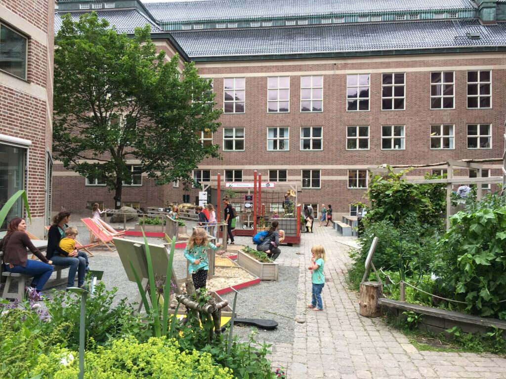 Naturhistoriska Riksmuseet innergård stadsodling